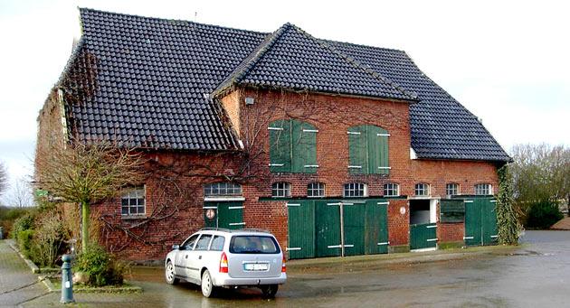 Sekretariat im Jahr 2003 vor dem Umbau – ein ausgedienter Pferdestall