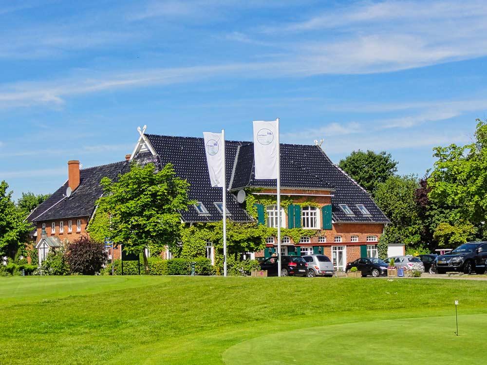 Aussenansicht Appartement-Haus / Golfsekretariat