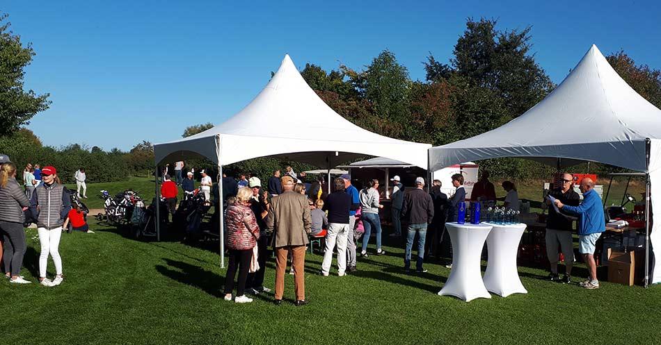 Clubmeisterschaften 2020 - vor der Siegerehrung am Grün Warnsdorf 9