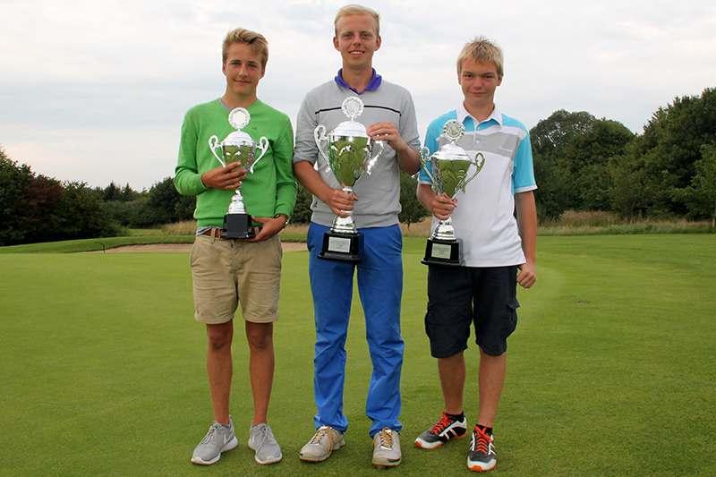 CM 2015 Jugend von links: Tillmann Schäper (3. Platz), Max-Oliver Ickes (Clubmeister 2015), Alexander Meins (2. Platz)