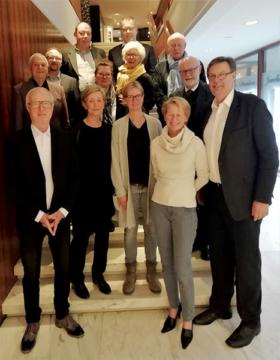 Gruppenfoto Der MGO-Ehrenamtler Im Maritim Seehotel